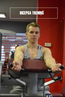 Roku saliekšana Larry Scott trenažierī / bicepss trenažierī